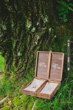 ring box instead of pillow | CHECK OUT MORE IDEAS AT WEDDINGPINS.NET | #weddings