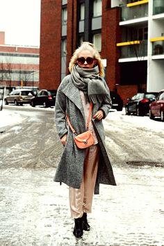 costume.fi Winter Hats, Ootd, Costumes, Grey, Fashion, Gray, Moda, Dress Up Clothes, Fashion Styles