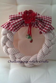 Challenging Arts & Crafts: Wreaths Red and white with gingham check bow Wreath Crafts, Diy Wreath, Christmas Projects, Burlap Wreath, Christmas Crafts, Christmas Sewing, Christmas Diy, Christmas Wreaths, Christmas Decorations