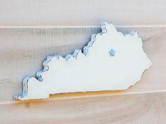 Handmade Kentucky state shape sign wood cutout wall art by StateYourLoveLLC