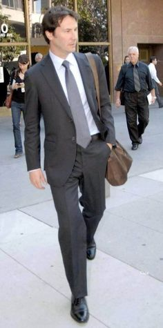 Keanu Reeves wow !!! What he does to a suit