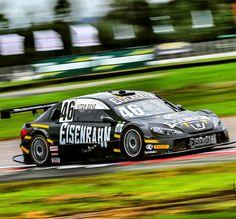 Nice shoot!  foto: @willnacio #eisenbahn #eisenbahnracingteam #stockcar #racing #racingcars #cars #v8 #motorsport #loucosporadrenalina #locomotivanegra #46 by eisenbahnracingteam