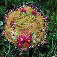 Wonderful Ribbon Embroidery Flowers by Hand Ideas. Enchanting Ribbon Embroidery Flowers by Hand Ideas. Folk Embroidery, Silk Ribbon Embroidery, Embroidery Stitches, Embroidery Patterns, Quilt Patterns, Quilting Templates, Embroidery Sampler, Block Patterns, Lace Ribbon