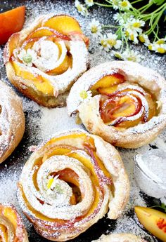 An easy fresh peach dessert, baked in flaky puff pastry sheets with creamy mascarpone cheese and vanilla bean.