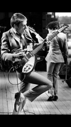 Getting after it… Paul Weller and The Jam, 1977