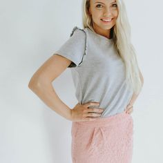 A perfect simple ruffle top!