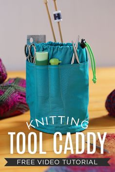 Rob demonstrates how to make a knitting tool caddy, reminiscent of a bucket tool organizer. Learn how to customize your caddy with perfectly sized pockets. Diy Purse Organizer, Bag Organization, Sewing Tools, Sewing Tutorials, Sewing Patterns, Bag Tutorials, Sewing Kit, Purse Patterns, Knitting Storage
