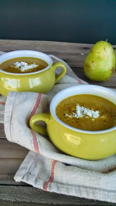 Hot Dog It's a Food Blog: Pumpkin & Roasted Pear Soup with Goat Cheese