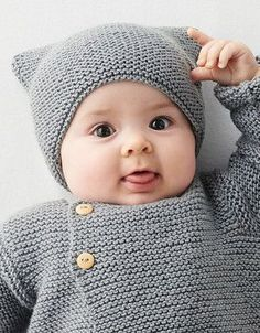 free knitting patterns for babies boys - free knitting patterns for babies Baby Cardigan Knitting Pattern Free, Baby Boy Knitting Patterns, Baby Hats Knitting, Baby Patterns, Knit Patterns, Free Knitting, Knitted Hats, Pull Bebe, How To Start Knitting
