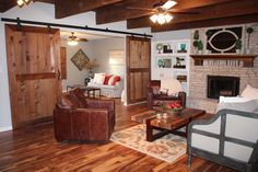 """""""Fixer Upper"""" - The Crawford House, episode 11 - living room (AFTER)"""