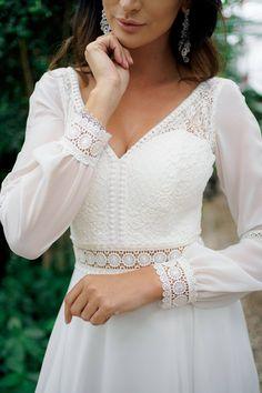 Wedding Flower Girl Dresses, Bridal Wedding Dresses, Wedding Dress Styles, Pretty White Dresses, Engagement Dresses, Dream Dress, Beautiful Outfits, Fashion Outfits, Fiancee