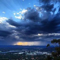 Canberra looks good no matter what the season! These dramatic summer storm clouds were photographed from the top of Mt Ainslie recently by Instagrammer @michiec05. #visitcanberra
