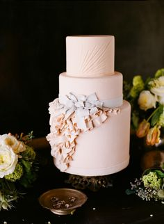 Inspired by a Vera Wang dress | Cupcakes Couture