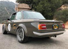 Bmw Classic Cars, Classic Cars Online, Custom Wheels, Custom Cars, Bmw E21, Bmw Vintage, Gumball 3000, Bmw 2002, Bmw Series