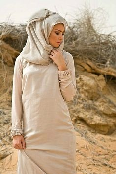 modernmuslimah:    Simple and chic <3    Follow her blog, good inspiration.