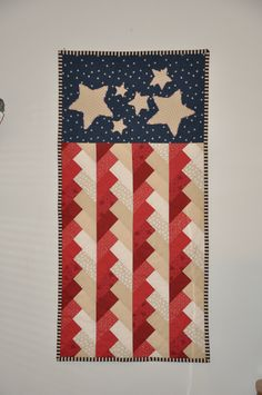 Pioneer braid quilted wall hanging, love those stars and stripes