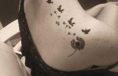 modèle tatouage oiseaux épaule et cou femme Body Art Tattoos, I Tattoo, Tatoos, Colombe Tattoo, Goose Tattoo, Inspiration Tattoos, Romantic Flowers, Future Tattoos, Unique Tattoos