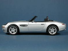 bond cars and vehicles | La 4^ edizione chiude con una domenica di grandi eventi Luxury Sports Cars, Sport Cars, Bond Cars, James Bond, Bmw, Vehicles, Movie, Film, Car