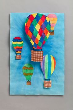 Invallers (achtergrond variabele werkijze of gekleurd papier) 3D Coöperatief? Hot-Air Balloon Perspective - an activity that is fun, colorful, and helps teach perspective