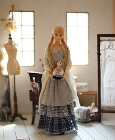 momoko doll. Interesting outfits by peuconnu2013 {Site NOT in English)