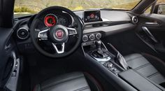 2017 FIAT 124 Spider Interior Dashboard