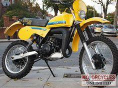 Enduro Vintage, Vintage Motocross, Vintage Bikes, Vintage Motorcycles, Classic Bikes For Sale, Classic Motorcycles For Sale, Suzuki Dirt Bikes, Yamaha Bikes, Tracker Motorcycle