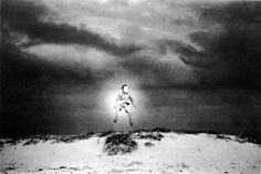 植田正治『小狐登場』1948