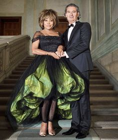 Giorgio Armani dressed Tina Turner and Erwin Bach for their wedding, which took place on the evening of Sunday July at their home in Zurich, Switzerland. For the occasion, Giorgio Armani also created custom designs for the bridesmaids and the witness. Tina Turner, Giorgio Armani, Wedding Dress Fails, Wedding Dresses, Wedding Album, Wedding Outfits, Celebrity Couples, Celebrity Weddings, Mrs Marple
