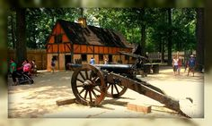 Jamestown Settlement Cannon and Long House, Williamsburg, Virginia ...