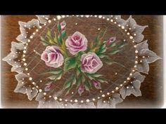 One stroke . Dipingere su legno. Rosa facile.