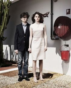 Jared Gilman & Kara Hayward de Moonrise Kingdom.  An undiscovered photo of Jared from Cannes.