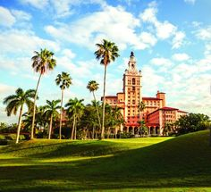 biltmore golf Miami, Golf, Mansions, Luxury, House Styles, Design, Travel, Fancy Houses, Mansion