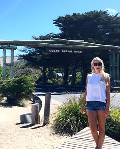 The Great Ocean Road Adventure begins! #tourist #victora #instatravel #greatoceanroad #lorne #wyeriver #koalas #travel by beclachlan http://ift.tt/1IIGiLS