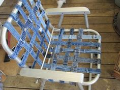 Lawn chair from the waistbands of jeans!