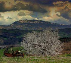 @TurismoER: #TheGreatBeauty in Italy is everywhere! @Valmarecchia e #SanMarino Foto Luciano Monti cc @San Marino #ITisME