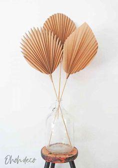 Easy Paper Crafts, Diy Paper, Paper Vase, Paper Leaves, Paper Flowers, Paper Butterflies, Diy Décoration, Easy Diy, Leaf Template