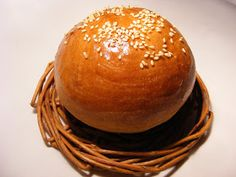 szeretetrehangoltan: Puffancs, a hamburger zsömléje Hamburger, Bread, Pains, Recipes, Food, Brot, Essen, Baking, Eten