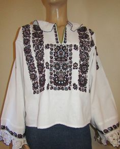 Antique scarce Romanian peasant blouse from Banat   handmade old Romanian  shirt M L 6f7f03da7