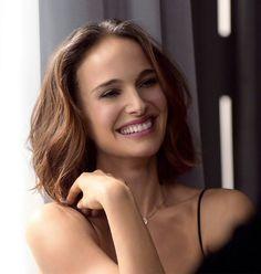 Smiling new Natalie Portman for Dior