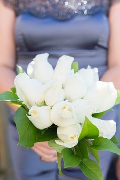 Breathtaking Wedding Bouquet; An elegant all white single bloom bouquet. Click to blog for more gorgeous bouquet ideas.