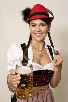 Oktoberfest Girls Special 2015 - Page 13 Oktoberfest Outfit, Oktoberfest Beer, Octoberfest Girls, Beer Maid, Estilo Cowgirl, Beer Girl, German Women, Lolita, Beer Festival