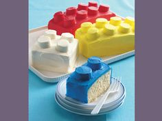 Tops of legos are large marshmallows cut in half! Totally want to make this for my brothers for their birthdays.