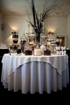 Black & white candy buffet
