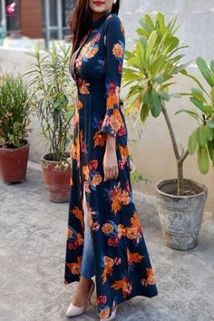Fashion dresses - Buy Blue Crepe Printed Floral Kurti Online in India Colorauction Indian Fashion Dresses, Dress Indian Style, Indian Designer Outfits, Indian Outfits, Designer Dresses, Fashion Outfits, Moda Hijab, Dress Over Jeans, Kurta Designs Women