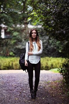 Get this look (blouse, leggings, backpack, boots) http://kalei.do/W78f2qM9A5EYvmJ1