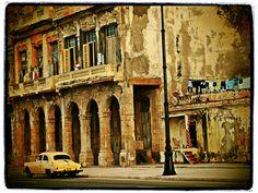 La Habana Cuba photo by Nicolas Pascarel during photo workshop. www.pascarelphoto.com