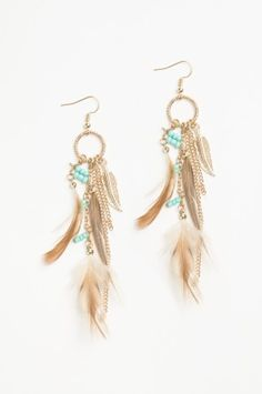 Shop for earrings, studs, hoops and ear cuffs at Ardene. Find sterling silver earrings and large statement earrings with fringe and faux pearls. Statement Earrings, Drop Earrings, Feather Earrings, Sterling Silver Earrings, Diy Jewelry, Studs, Pearls, Pocahontas, Accessories