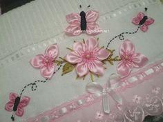 Ribbon Flowers On Lace Fabric Rose Embroidery, Silk Ribbon Embroidery, Embroidery Stitches, Embroidery Patterns, Ribbon Art, Ribbon Crafts, Band Kunst, Fabric Flowers, Lace Fabric