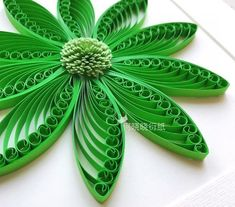 Once again I'm making a quilling flower tutorial. This is my version of Toshi Quilling's Shell Shape Quilling Flower. It's October already and I have been having fun playing with new quilling tools! How to make flowers using a quilling husking board This Neli Quilling, Quilling Comb, Paper Quilling Flowers, Paper Quilling Tutorial, Paper Quilling Cards, Paper Quilling Jewelry, Paper Quilling Patterns, Quilled Paper Art, Quilling Paper Craft