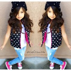 Look at the tiny pokadots. Little Girl Outfits, Cute Girl Outfits, Cute Outfits For Kids, Little Girl Fashion, Toddler Fashion, Cute Kids, Kids Fashion, Fashion Ideas, Popular Jeans